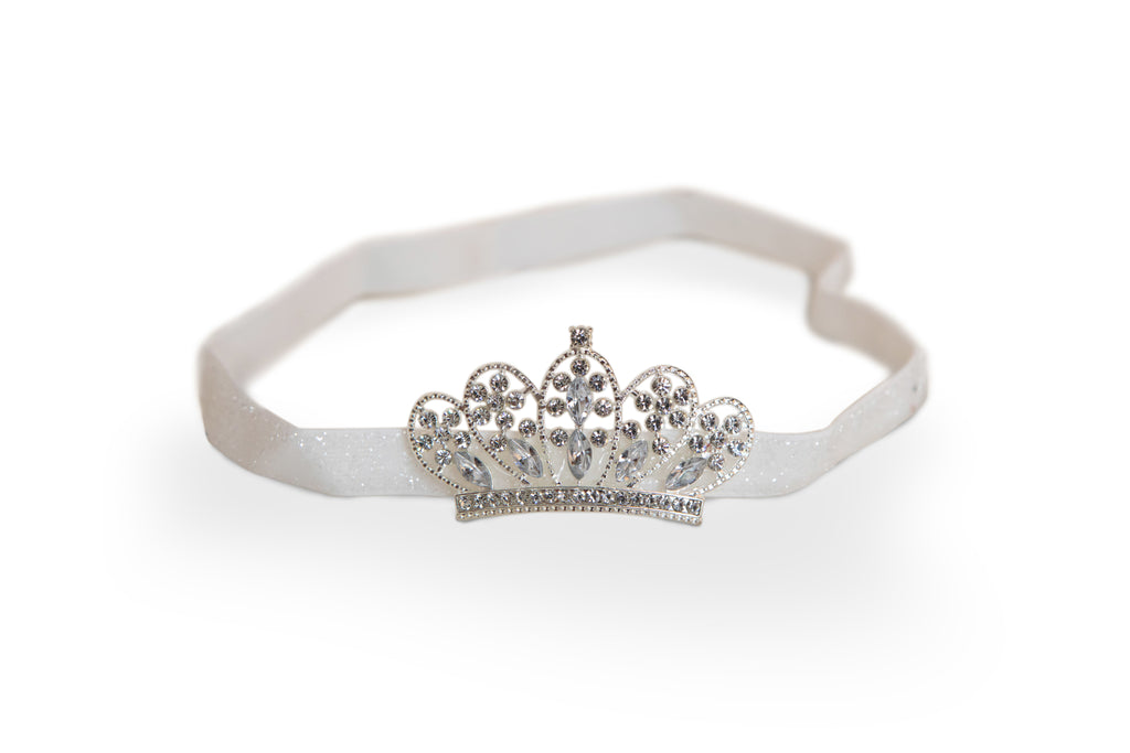 adorable tiara for newborn photography