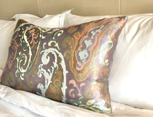 Load image into Gallery viewer, Paisley Dream Queen Pillow