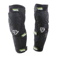 RaceFace Flank Leg Guard, Stealth, Medium