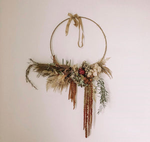 'Amie' dried floral wreath