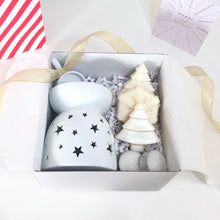 Load image into Gallery viewer, Christmas Star Warmer Gift Box (tealight spoon) - Waxes and Wicks