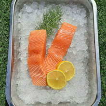 Load image into Gallery viewer, Salmon Steaks