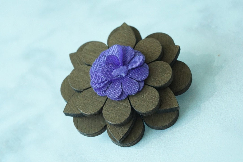 Wooden Flower Lapel Pin Lilac - Mule Ties