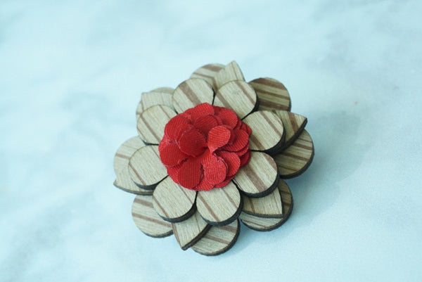Light Wooden Flower Lapel Pin - Red - Mule Ties