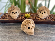 Load image into Gallery viewer, Mini Day of the Dead Skull