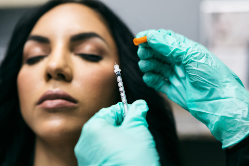 What is a Wrinkle? (& Can I Avoid Injectables?)