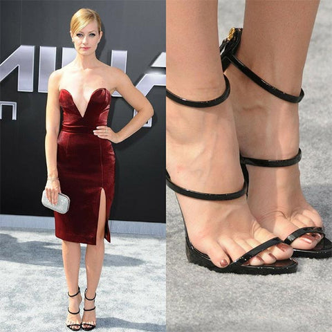 Celebrity Beth Behrs Red Carpet Feet Sliding Forward In Ankle Strap
