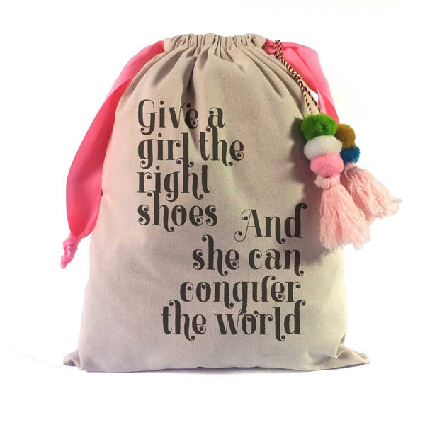 """Give a Girl the Right Shoes"" Marilyn Monroe Shoe Bag"