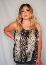 Load image into Gallery viewer, snake print cami top