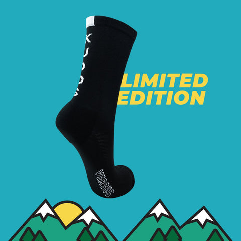 VERSUS KUDOS SOCKS BLACK