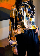 Load image into Gallery viewer, Sarah Badeni Silk Bow Blouse Abstract
