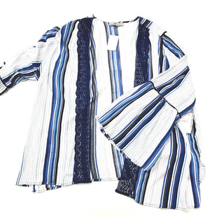 Primary Photo - BRAND: ABSOLUTELY FAMOUS STYLE: COVERUP COLOR: BLUE WHITE SIZE: 3X SKU: 180-18038-93565
