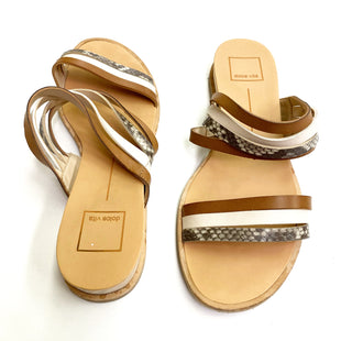 Primary Photo - BRAND: DOLCE VITA STYLE: SANDALS FLAT COLOR: TAN SIZE: 8 SKU: 180-18083-17593