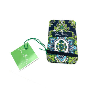 Primary Photo - BRAND: VERA BRADLEY STYLE: ACCESSORY TAG COLOR: GREEN OTHER INFO: CARD FAN SKU: 180-18083-17604