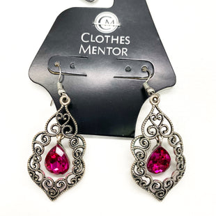 Primary Photo - BRAND:    CLOTHES MENTOR STYLE: EARRINGS SKU: 180-18057-13954