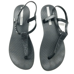 Primary Photo - BRAND:    CLOTHES MENTOR STYLE: SANDALS FLAT COLOR: BLACK SIZE: 6 OTHER INFO: IPANEMA - SKU: 180-18038-103987