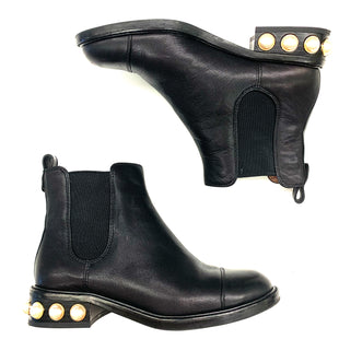 Primary Photo - BRAND: LOUISE ET CIESTYLE: BOOTS ANKLE COLOR: BLACK SIZE: 7.5 OTHER INFO: VENDA BOOTIE (RETAIL $198) SKU: 180-18083-20196PEARL DETAIL ON HEEL!.