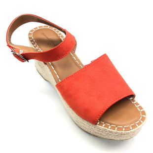 Primary Photo - BRAND: UNIVERSAL THREAD STYLE: SANDALS LOW COLOR: ORANGE SIZE: 9 SKU: 180-18083-15781