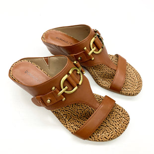 Primary Photo - BRAND: DONALD PLINER STYLE: SANDALS FLAT COLOR: CAMEL SIZE: 6 OTHER INFO: DESIGNER SKU: 180-18083-23753