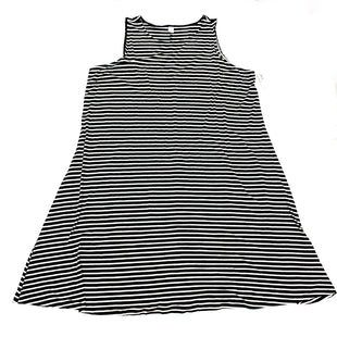 Primary Photo - BRAND: OLD NAVY STYLE: DRESS SHORT SLEEVELESS COLOR: BLACK WHITE SIZE: 3X SKU: 180-18083-24480