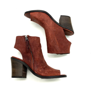 Primary Photo - BRAND: LUCKY BRAND STYLE: BOOTS ANKLE COLOR: BRICK RED SIZE: 8 SKU: 180-18083-20710