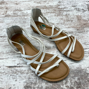 Primary Photo - BRAND: CARLOS SANTANA STYLE: SANDALS FLAT COLOR: WHITE SIZE: 8 SKU: 180-18057-13277