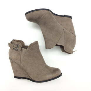 Primary Photo - BRAND: MAURICES STYLE: BOOTS ANKLE COLOR: TAN SIZE: 7.5 SKU: 180-18038-88775