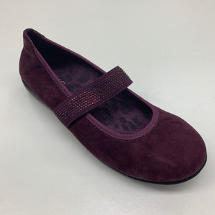 Primary Photo - BRAND: VIONIC STYLE: SHOES FLATS COLOR: PURPLE SIZE: 7 SKU: 180-18071-3766