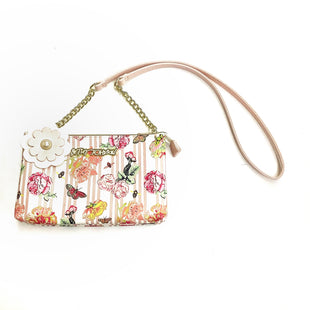 Primary Photo - BRAND: BETSEY JOHNSON STYLE: HANDBAG COLOR: WHITE PINK SIZE: SMALL SKU: 180-18074-1005