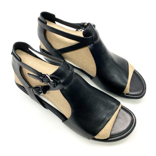 Primary Photo - BRAND: ECCO STYLE: SANDALS FLAT COLOR: BLACK SIZE: 7.5 OTHER INFO: (38) SKU: 180-18083-24821