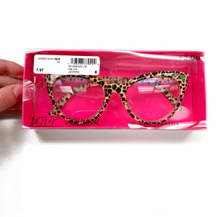 Primary Photo - BRAND: BETSEY JOHNSON STYLE: ACCESSORY LABEL COLOR: LEOPARD PRINT OTHER INFO: READING GLASSES (+2.00) SKU: 180-18083-25516