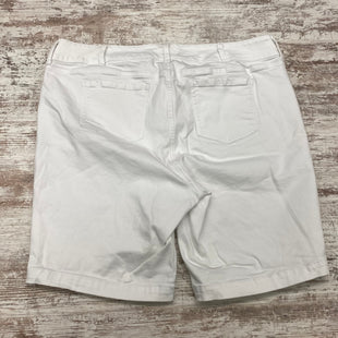 Photo #1 - BRAND: TORRID STYLE: SHORTS COLOR: DENIM WHITE SIZE: 24 SKU: 180-18083-24847