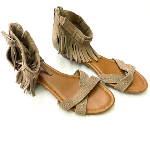 Primary Photo - BRAND: MINNETONKA STYLE: SANDALS FLAT COLOR: TAN SIZE: 9 SKU: 180-18083-17341