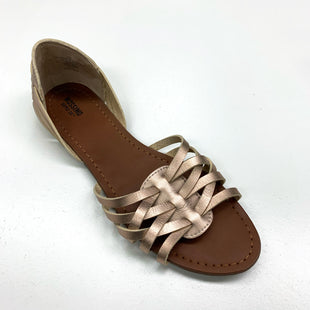Primary Photo - BRAND: MOSSIMO STYLE: SANDALS FLAT COLOR: GOLD SIZE: 10 SKU: 180-18071-4540