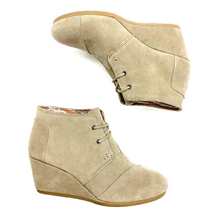 Primary Photo - BRAND: TOMS STYLE: BOOTS DESIGNER COLOR: SAND SIZE: 7.5 OTHER INFO: AS IS SKU: 180-18083-20574