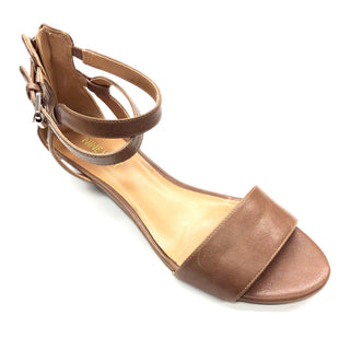 Primary Photo - BRAND: NINE WEST STYLE: SANDALS LOW COLOR: TAN SIZE: 7.5 SKU: 180-18038-93739