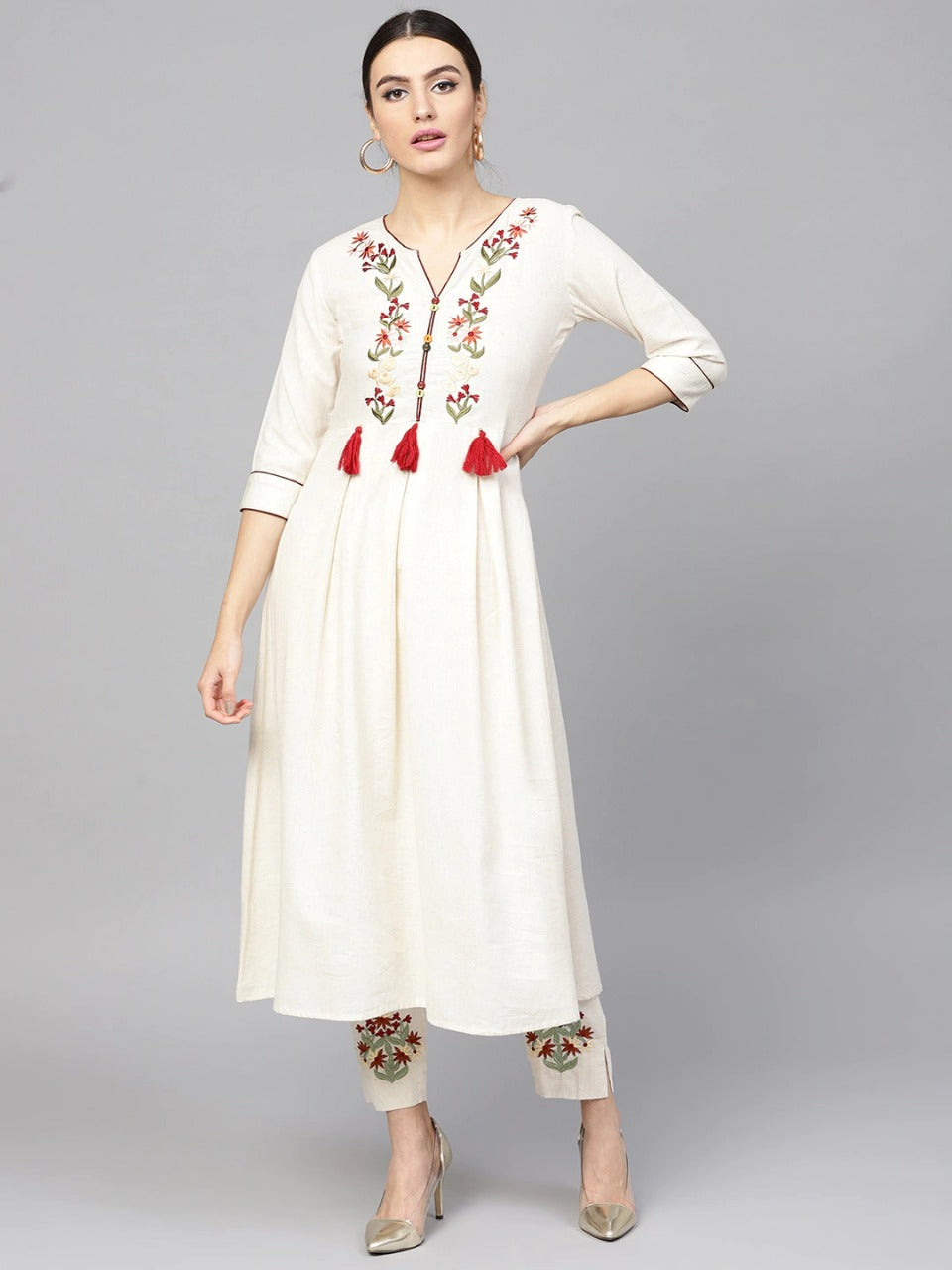 Off-White Cotton And Maroon Embroidered Kurta With Trousers