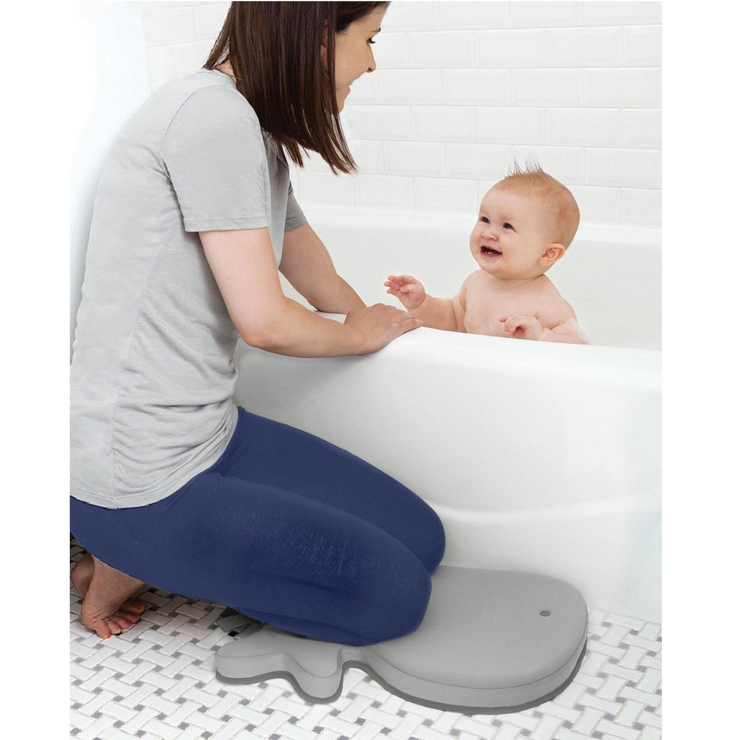 Skip Hop- Bath Kneeler- Grey Whale