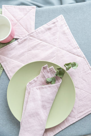 Natural linen dining table decor