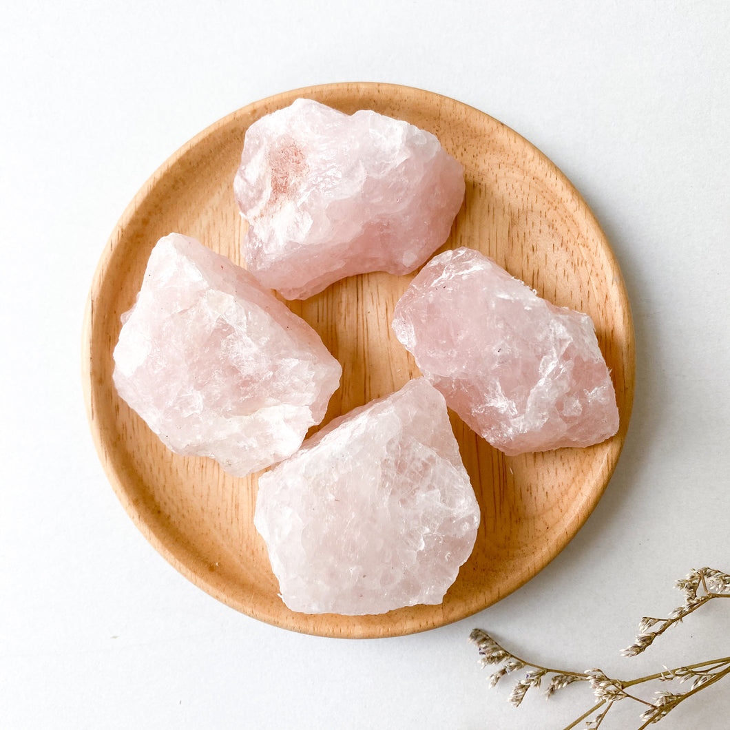 Rose Quartz Raw (Medium)