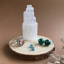 Load image into Gallery viewer, Mini Selenite Tower