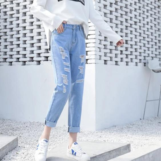 Ripped jeans Women Mom Jeans