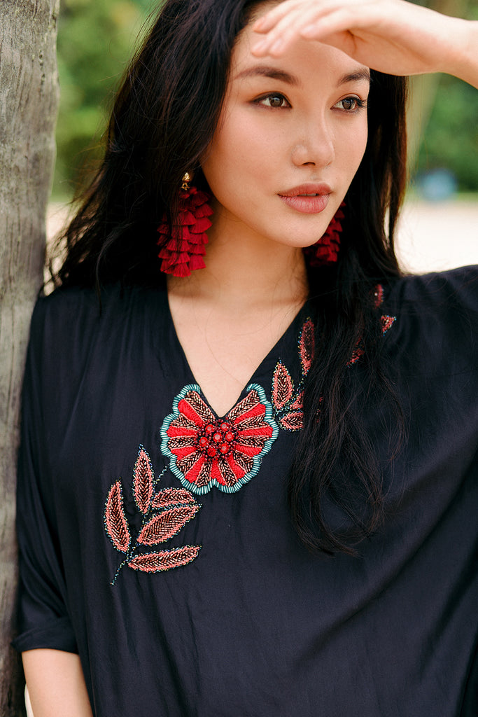 RW19 - Black Silk Flower Embroidered Kaftan RW 1006