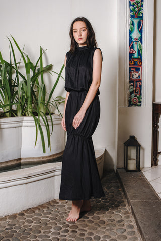 RW19 - Black Cotton Satin Long Dress RW1001