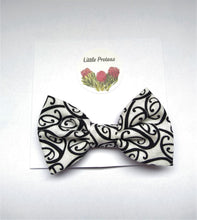 Load image into Gallery viewer, Boy's bow tie