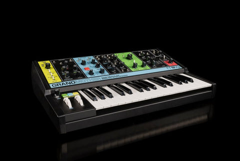 Moog Grandmother Angle
