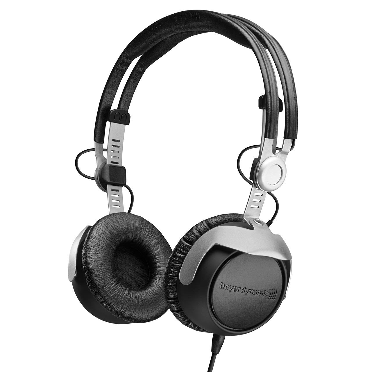 Closed Headphones - Beyerdynamic DT 1350 Closed DJ Headphones