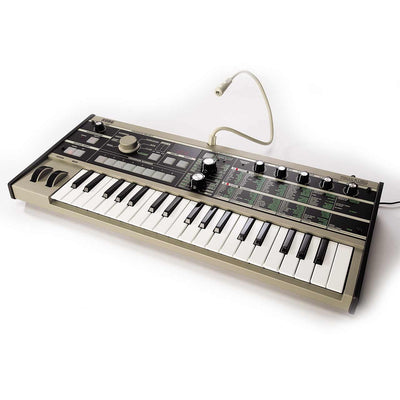 Keyboard Synthesizers - Korg MicroKORG Synthesizer Vocoder Keyboard