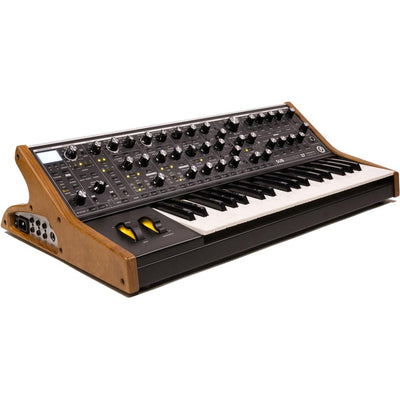 Keyboard Synthesizers - Moog Subsequent 37 Analogue Synthesizer