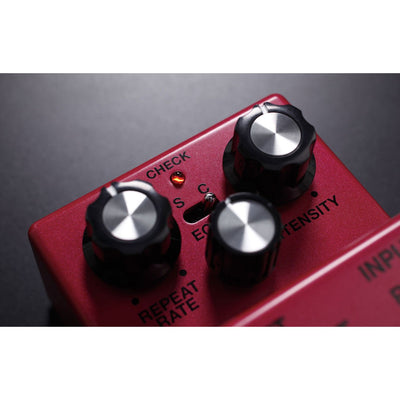 Pedals & Effects - BOSS DM-2W Delay Pedal